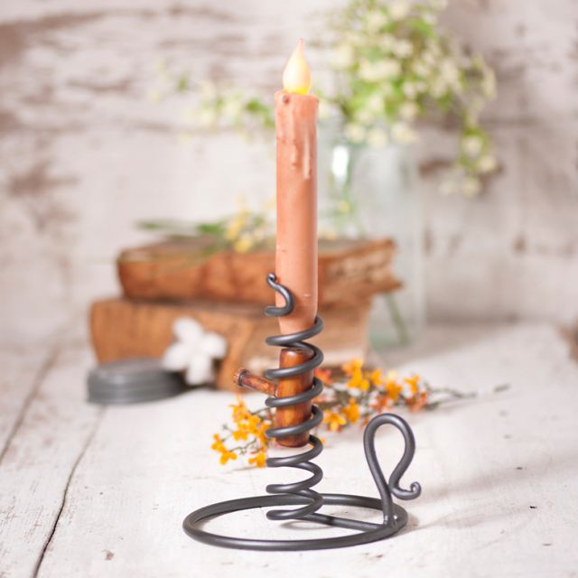 What is a courting candle